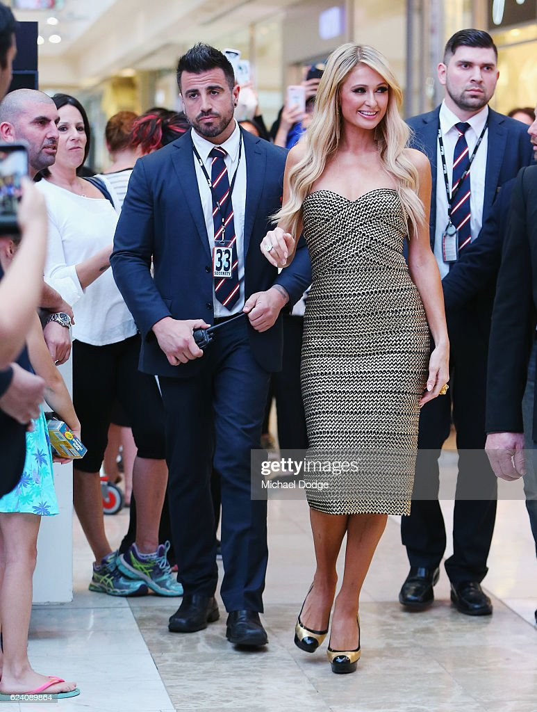 Paris Hilton Appearance : News Photo