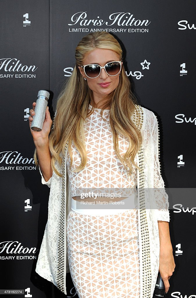 Paris Hilton Attends A Photocall To Launch Her Anniversary