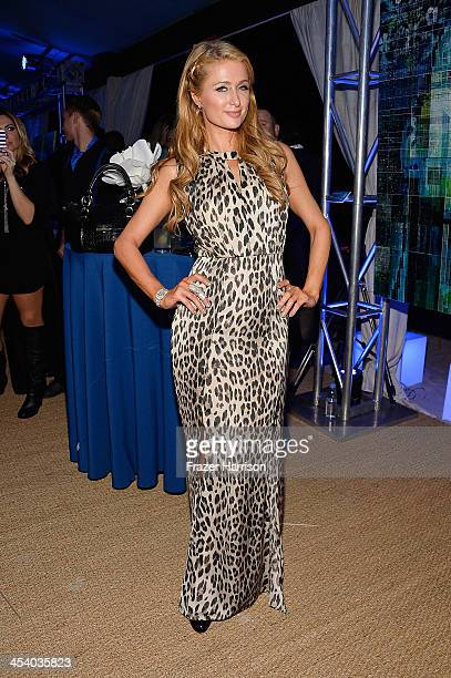 Paris Hilton attends the Bombay Sapphire artisan series finale dinner hosted by Russell Simmons and Tom Colicchio at Soho Beach House on December 6...