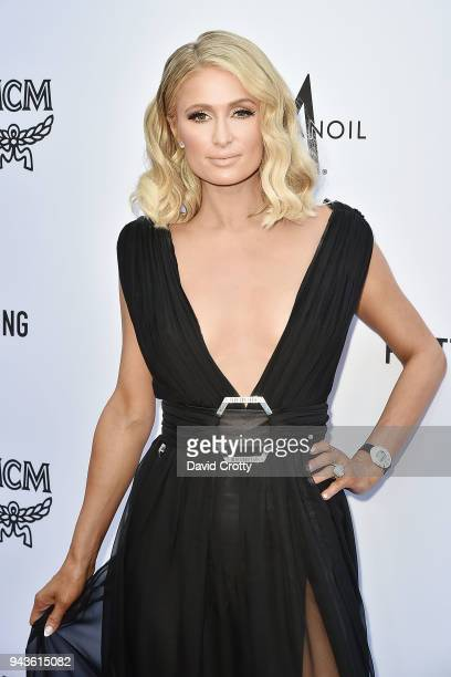 Paris Hilton attends The Daily Front Row's 4th Annual Fashion Los Angeles Awards - Arrivals at The Beverly Hills Hotel on April 8, 2018 in Beverly...
