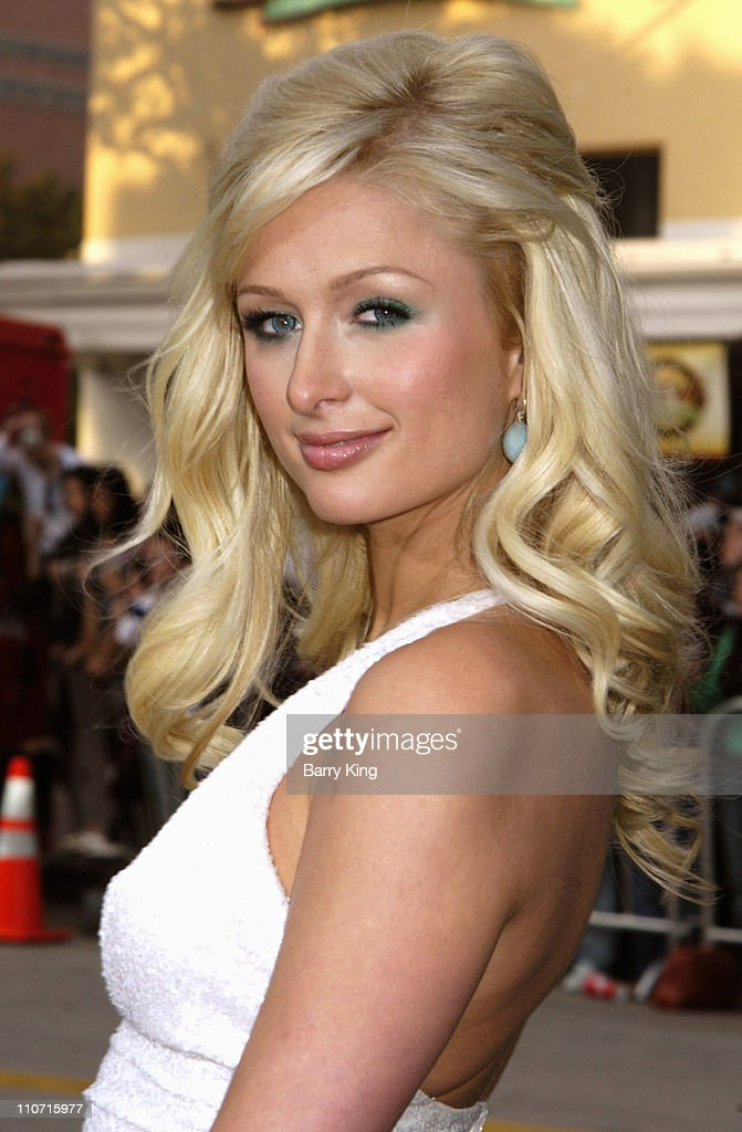 Paris Hilton during 'House of Wax' - Los Angeles Premiere - Arrivals at Mann Village Theatre in Westwood, California, United States.