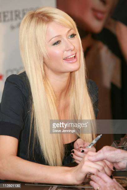 """Paris Hilton during Paris Hilton Launches Her New Fragrance """"Heiress"""" at Macy's in San Francisco - November 21, 2006 at Macy's in San Francisco,..."""