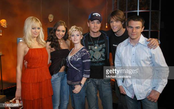 Paris Hilton Fuse VJ Marianela Elisha Cuthbert Chad Michael Murray Jared Padalecki and Fuse VJ Dylan