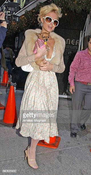 Paris Hilton leaves a Victoria's Secret store on 57th bet Madison and Park Ave November 30 2005 in New York City