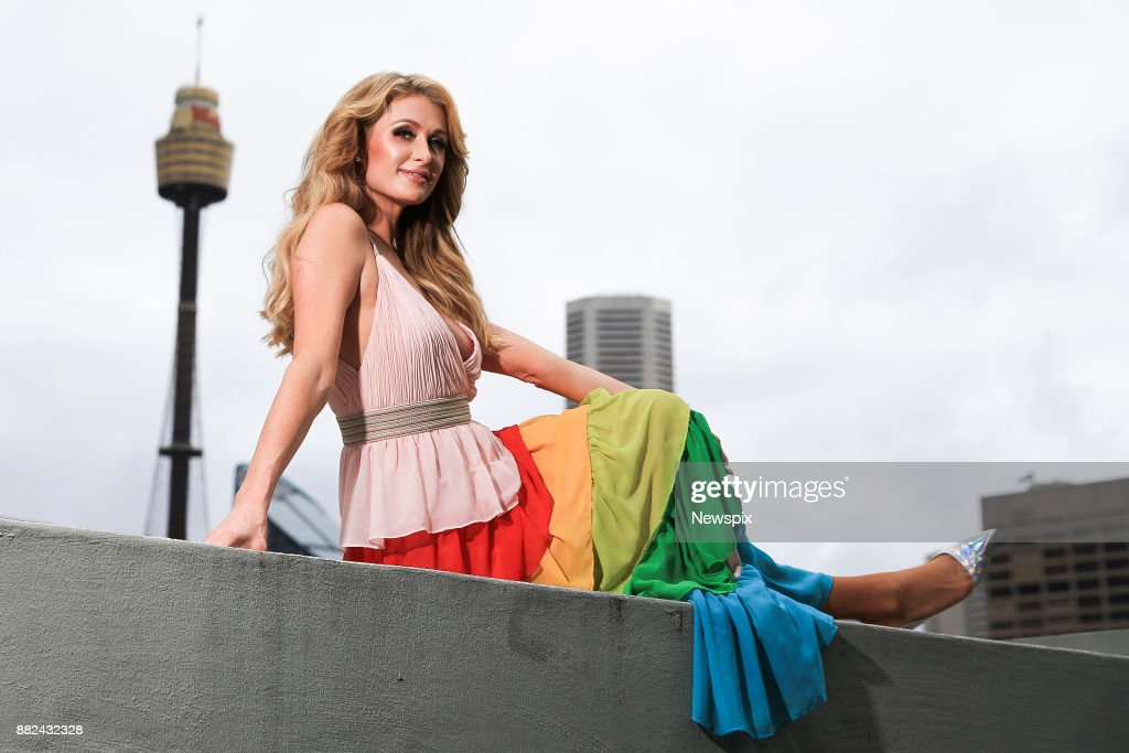 SYDNEY, NSW. (EUROPE AND AUSTRALASIA OUT) Paris Hilton poses during a photo shoot in Sydney, New South Wales.