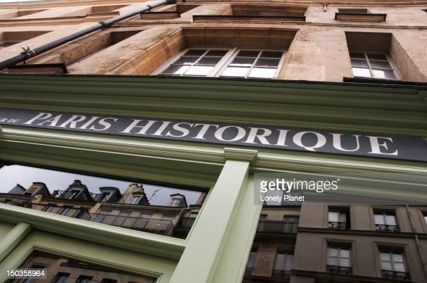 paris historique. - historique stock pictures, royalty-free photos & images