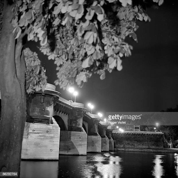 Paris Ist and VIth districts The PontNeuf the night 19651970 RV855312