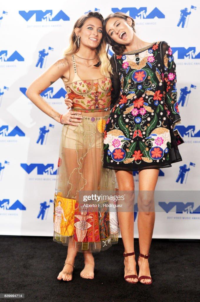 2017 MTV Video Music Awards - Press Room : News Photo