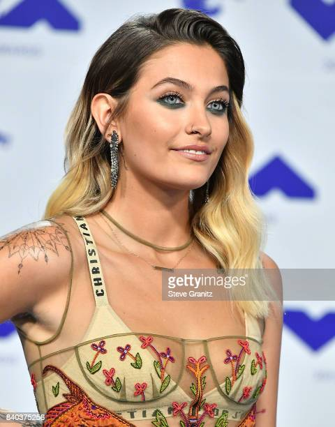 Paris Jackson arrive at the 2017 MTV Video Music Awards at The Forum on August 27 2017 in Inglewood California