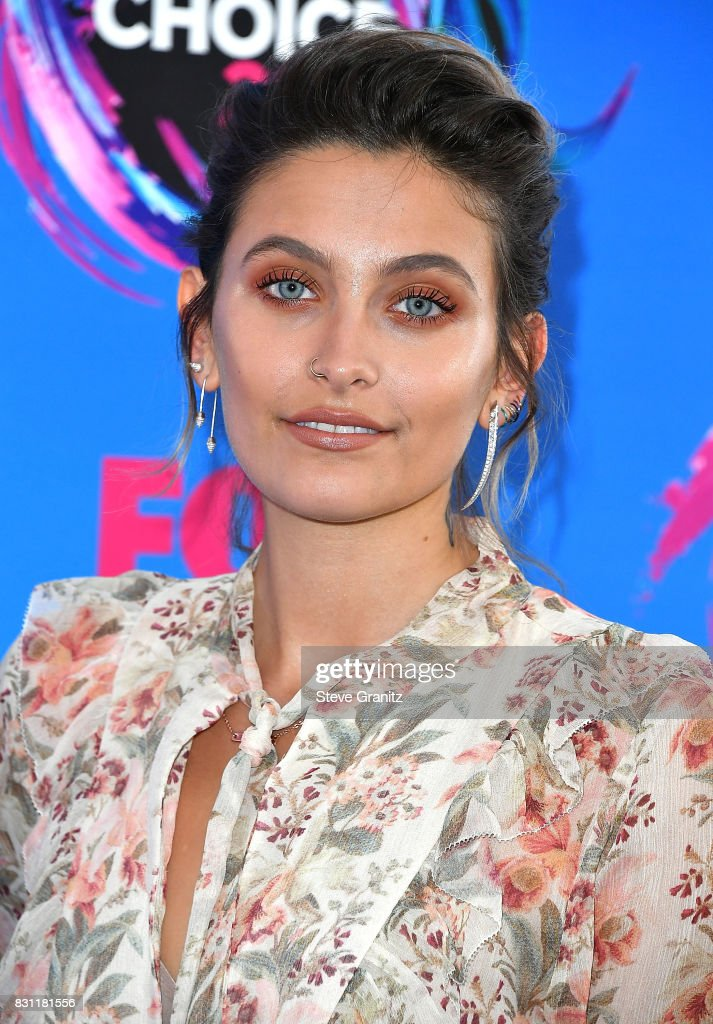 Paris Jackson arrives at the Teen Choice Awards 2017 at Galen Center on August 13, 2017 in Los Angeles, California.