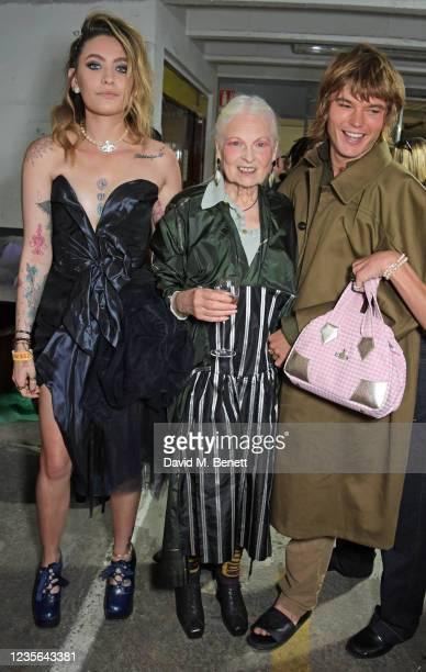 Paris Jackson, Dame Vivienne Westwood and Jordan Barrett pose backstage at the Vivienne Westwood show during Paris Fashion Week Womenswear Spring...