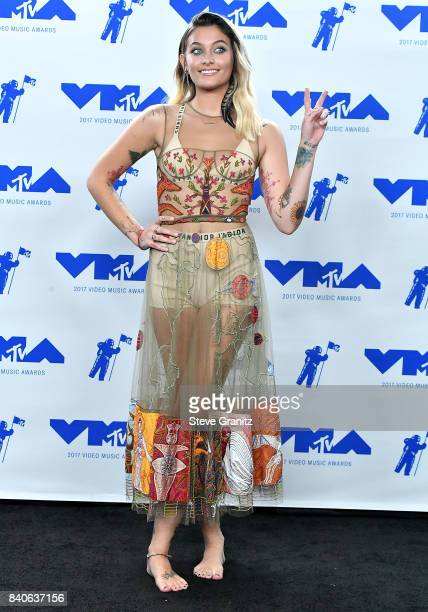 Paris Jackson poses at the 2017 MTV Video Music Awards at The Forum on August 27 2017 in Inglewood California