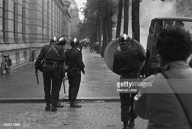 Paris, June 17 events in the Latin Quarter: the CRS operation of policing the streets.