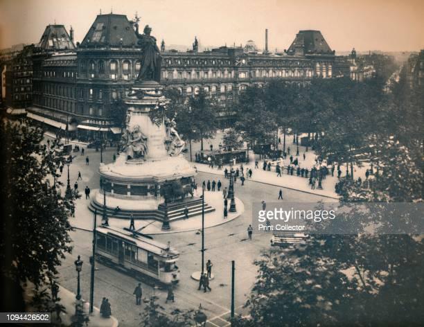 Paris La Place De La République LL circa 1910 The square took its current shape as part of Baron Hausmann's vast renovation of Paris with a bronze...