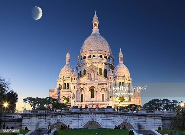 Paris landmark of Montmartre church