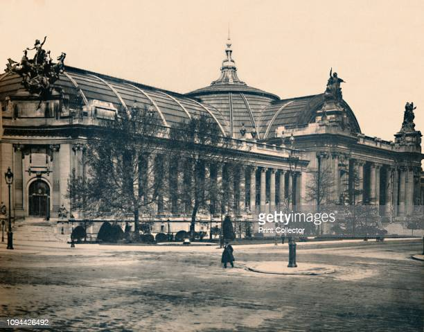 Paris. - Le Grand Palais. - LL, circa 1910. Built in the style of Beaux-Arts architecture, the Palais served as a military hospital during World War...