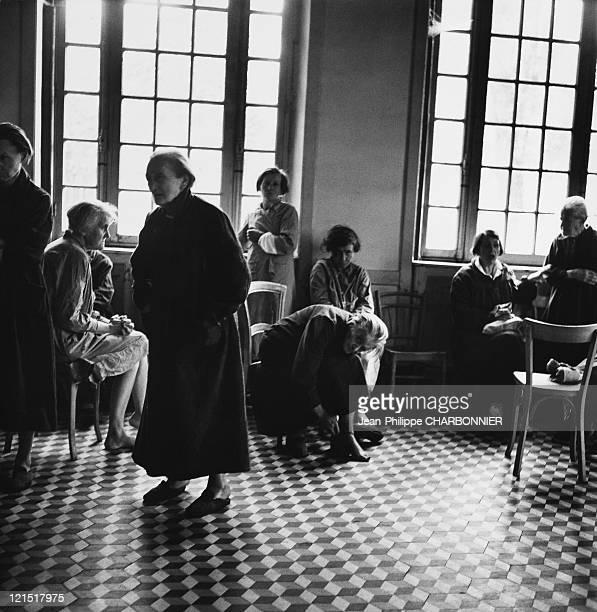 Paris Maison Blanche Psychiatric Hospital Restless Wandering Room 1950'S