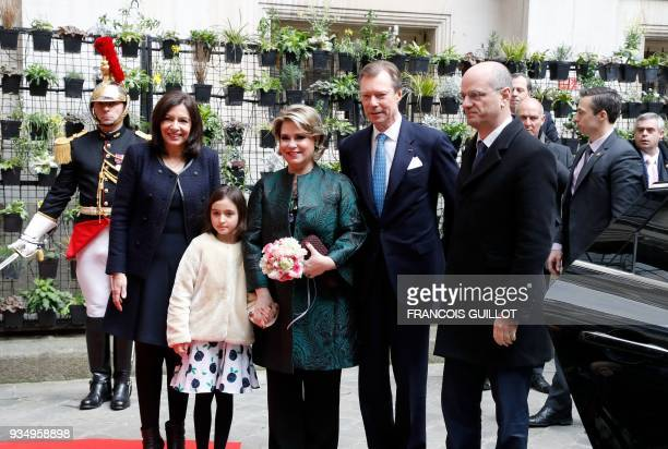 Paris' mayor Anne Hidalgo and French Education Minister JeanMichel Blanquer welcome Grand Duke Henri of Luxembourg and Grand Duchess MariaTeresa of...