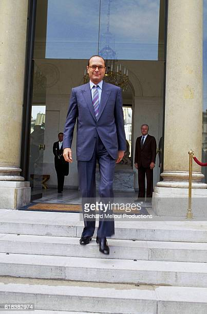 Paris mayor Jacque Chirac arrives at the Palais de l'Elysee to meet with French president Francois Mitterrand The two leaders are preparing for the...