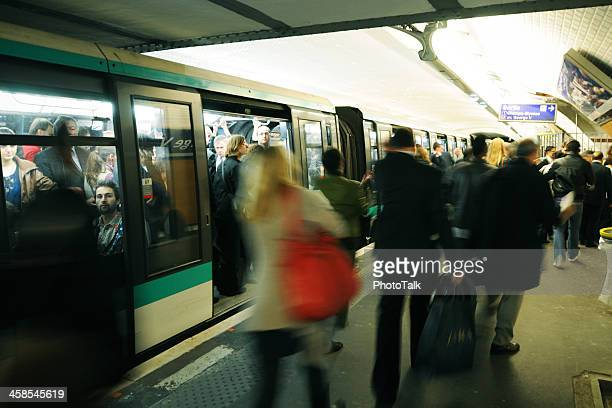 paris metro in the morning - xlarge - france strike stock pictures, royalty-free photos & images