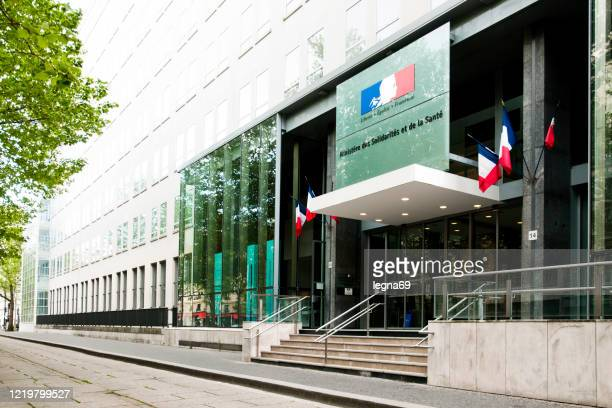 paris : ministry of health and empty streets during pandemic covid 19 in europe. - government minister stock pictures, royalty-free photos & images