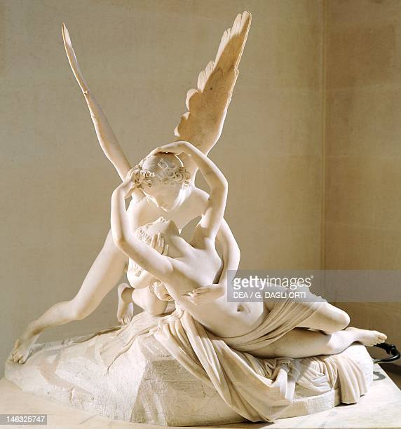 Paris Musée Du Louvre Cupid and Psyche by Antonio Canova marble sculpture