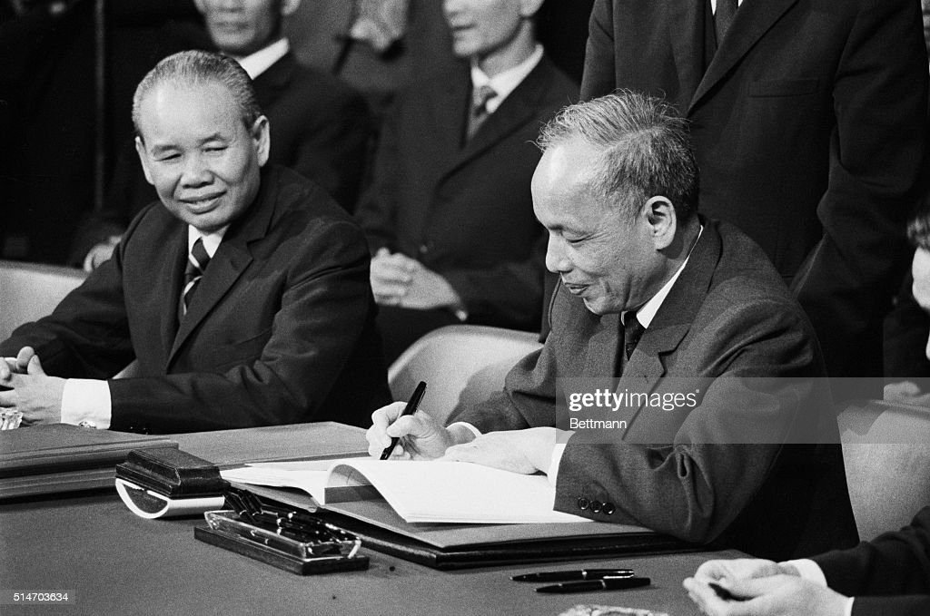 Nguyen Duy Trinh Signing Pictures Getty Images