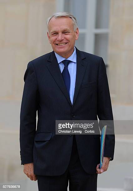 Newly-appointed French Prime Minister, Jean-Marc Ayrault arrives for the first cabinet meeting of the French government on May 17, 2012 at the Elysee...