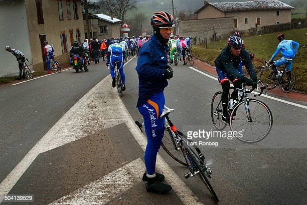 Paris Nice stage 4 The stage cancelled Erik Dekker Rabobank at kilometer 0