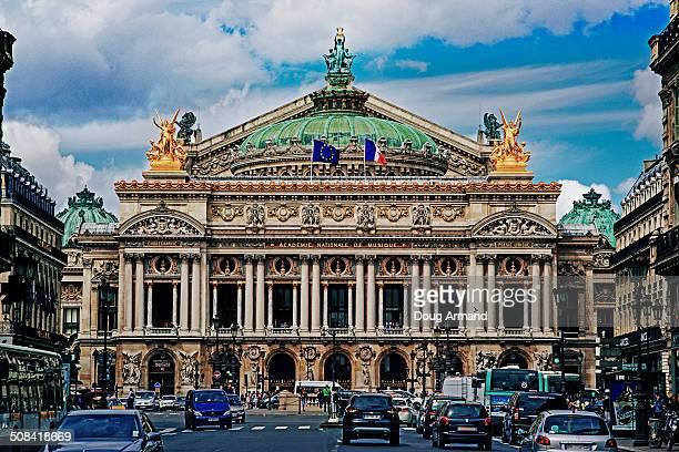 paris opera house, paris france - opernhaus palais garnier stock-fotos und bilder