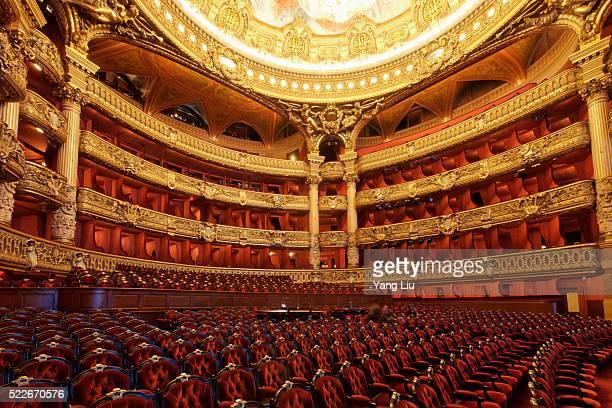 paris opera house - opernhaus palais garnier stock-fotos und bilder