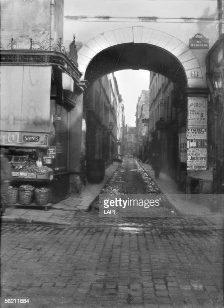 Paris Passage de la Reuss and rue de l'Orillon