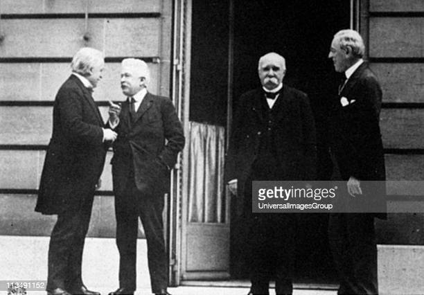 Paris Peace Conference which led to Treaty of Versailles after the end of World War l Meeting between Prime Ministers left to right Lloyd George...