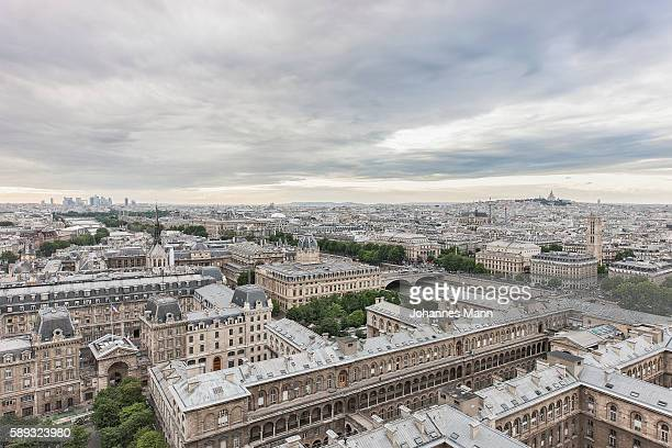 paris - palais royal stock pictures, royalty-free photos & images