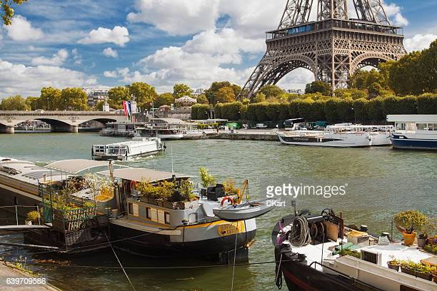 paris - houseboat stock pictures, royalty-free photos & images