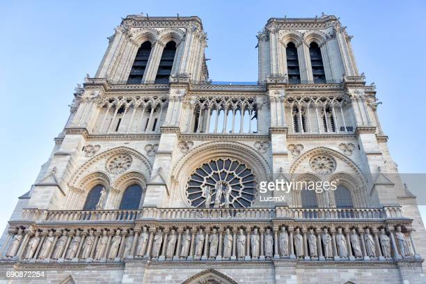 paris - notre dame de paris stock photos and pictures
