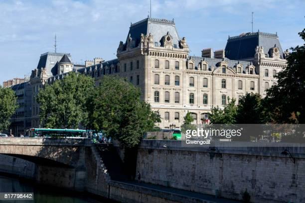 Paris polisen prefektur