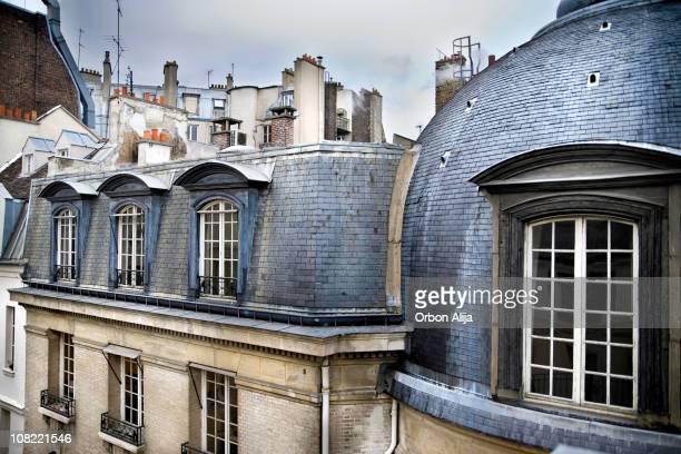 Les toits de Paris haut du bâtiment