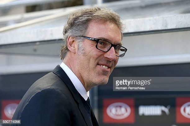Paris Saint Germain's head coach Laurent Blanc looks on before the French Ligue 1 match between FC Girondins de Bordeaux and Paris SaintGermain at...