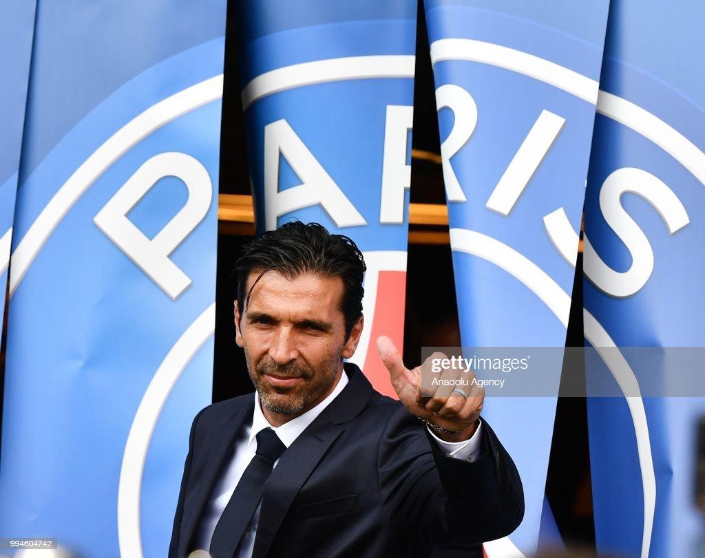 Official presentation of PSG's Gianluigi Buffon : News Photo