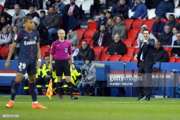 Paris SaintGermain Head Coach Unai Emery reacts during the Ligue 1 match between Paris Saint Germain and Angers SCO at Parc des Princes on March 14...
