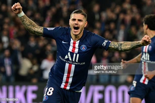 Paris SaintGermain's Argentine forward Mauro Icardi celebrates after scoring his team's second goal during the French L1 football match between Paris...