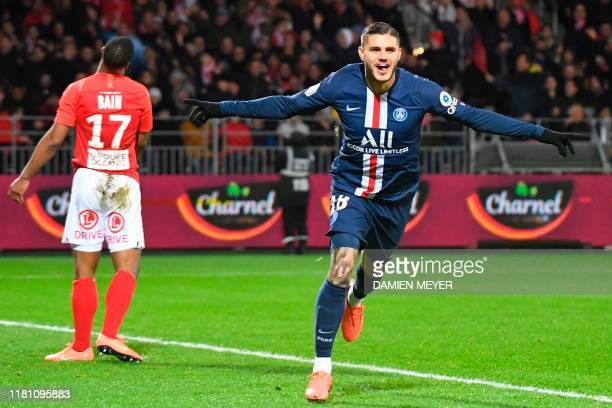 Paris Saint-Germain's Argentine forward Mauro Icardi celebrates after scoring a goal during the French L1 football match between Stade Brestois 29...