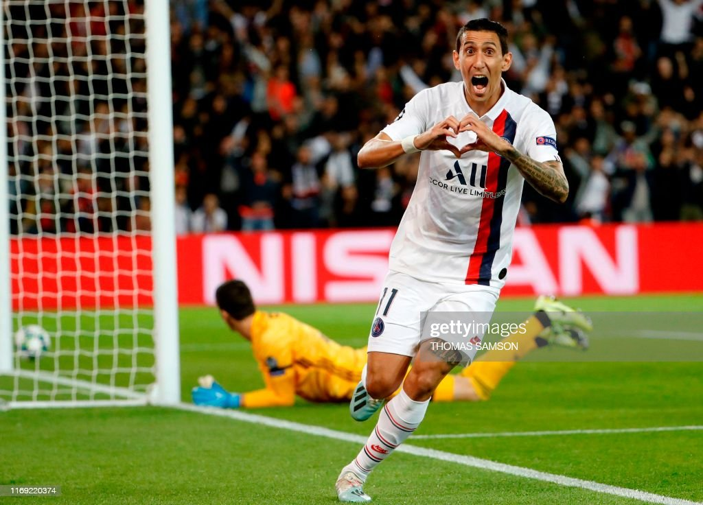 TOPSHOT-FBL-EUR-C1-PSG-REAL : News Photo