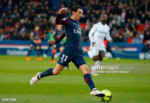 Paris SaintGermain's Argentinian midfielder Angel Di Maria controls the ball during the French Ligue 1 football match between Paris SaintGermain and...