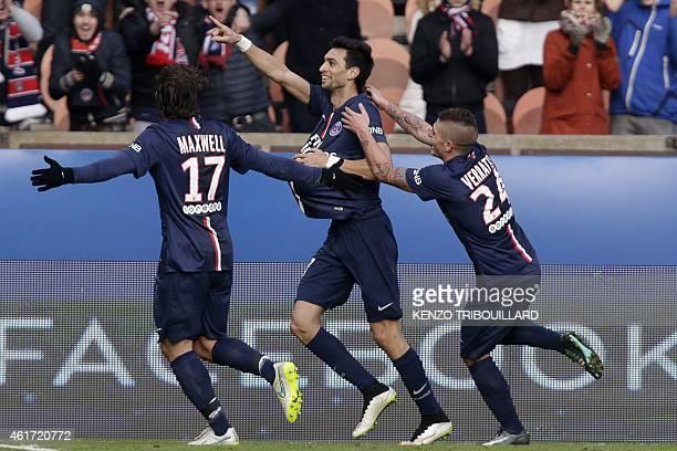 Paris SaintGermain's Argentinian midfielder Javier Pastore celebrates with teammates PSG's Brazilian defender Maxwell and PSG's Italian midfielder...