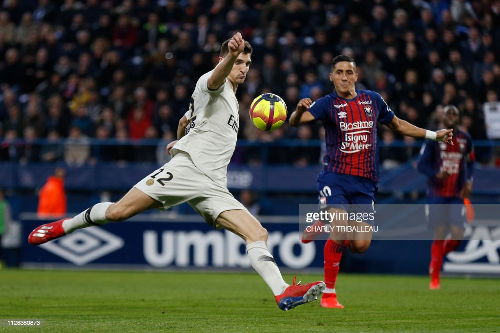 FBL-FRA-LIGUE1-CAEN-PSG : News Photo