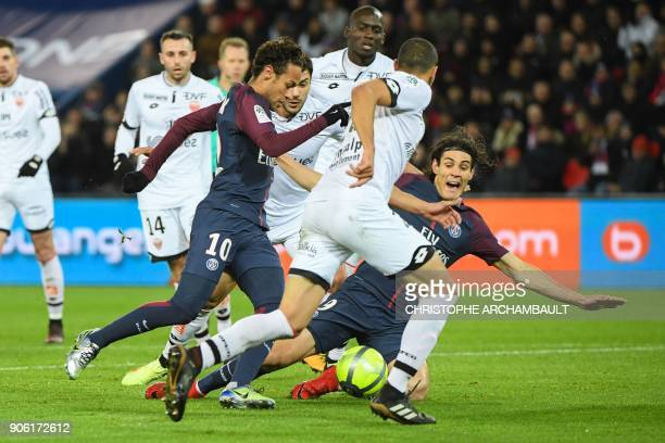 Paris SaintGermain's Brazilian forward Neymar and Paris SaintGermain's Uruguayan forward Edinson Cavani dribble through the defence during the French...