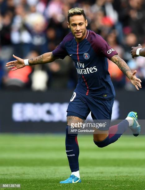 Paris SaintGermain's Brazilian forward Neymar celebrates his goal during the French Ligue 1 football match between Paris SaintGermain and Bordeaux at...