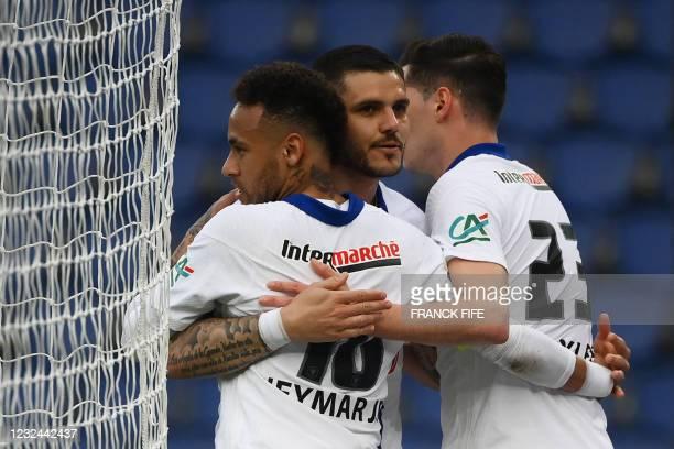 Paris Saint-Germain's Brazilian forward Neymar celebrates with Paris Saint-Germain's Argentinian forward Mauro Icardi and Paris Saint-Germain's...